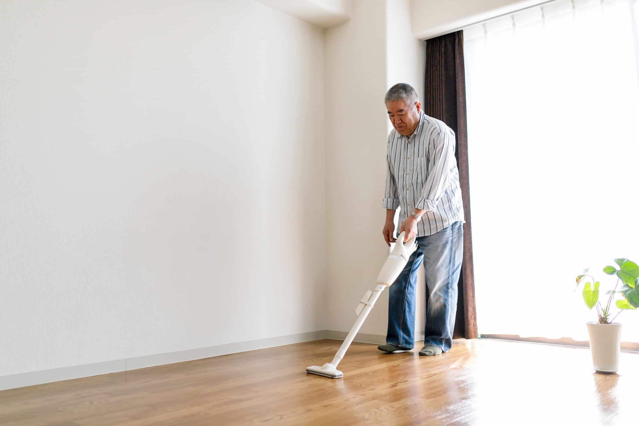 Senior men cleaning